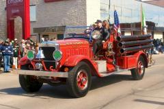 2008parade-oldnlfiretruck
