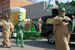 2009parade125-mooseyard